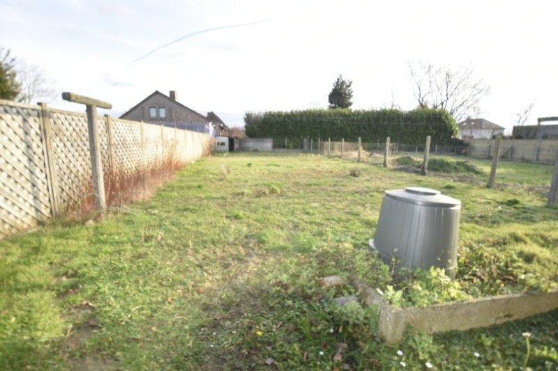 Hoekwoning met grote tuin ref 1240